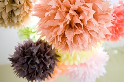 pom-love-tissue-paper-pom-poms